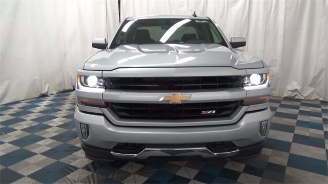 2018 Silverado 1500 Double Cab 4x4,  Pickup #T181066 - photo 3