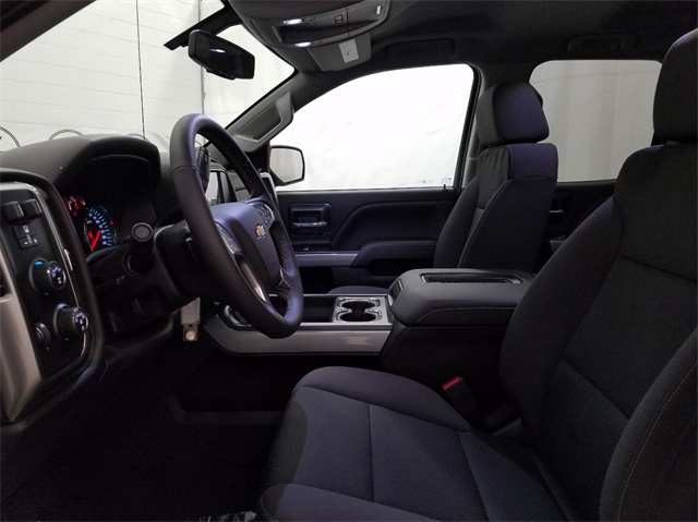 2018 Silverado 1500 Double Cab 4x4, Pickup #T181103 - photo 15