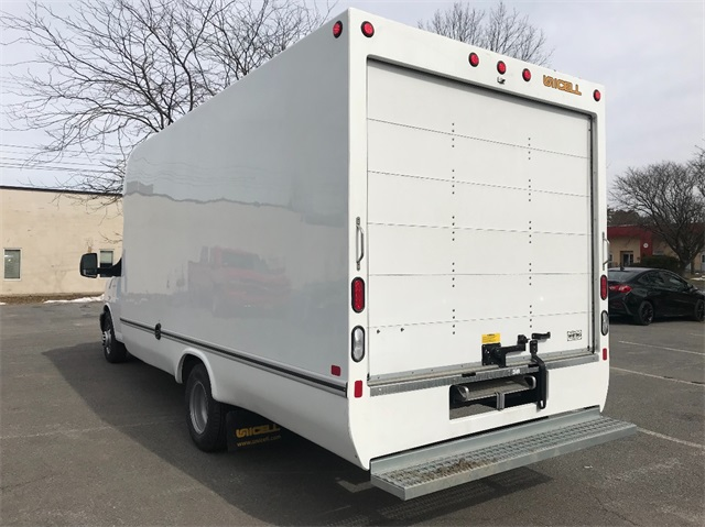 2018 Express 3500, Cutaway Van #T181302 - photo 7