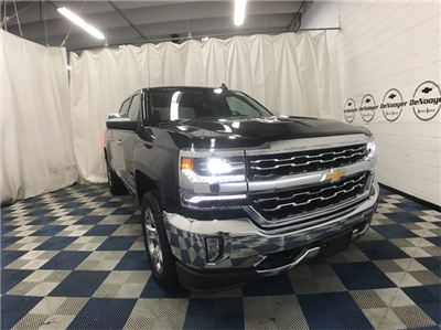 2018 Silverado 1500 Crew Cab 4x4, Pickup #T181312 - photo 1