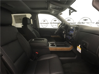 2018 Silverado 1500 Crew Cab 4x4, Pickup #T181313 - photo 23