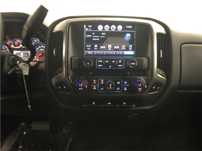 2018 Silverado 1500 Crew Cab 4x4,  Pickup #T181621 - photo 18