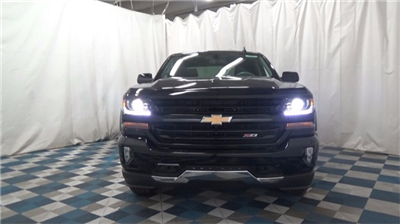 2018 Silverado 1500 Crew Cab 4x4,  Pickup #T181636 - photo 3