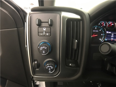 2018 Silverado 1500 Crew Cab 4x4,  Pickup #T181661 - photo 10