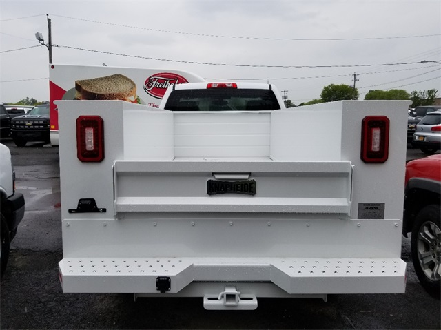 2018 Silverado 2500 Regular Cab 4x4,  Service Body #T181666 - photo 2