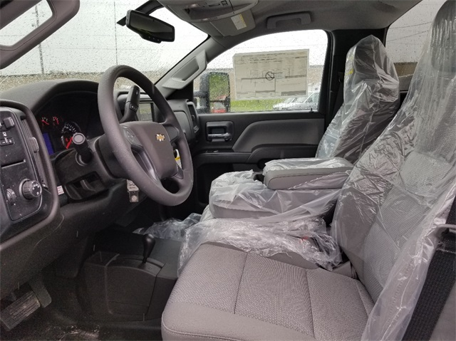 2018 Silverado 2500 Regular Cab 4x4,  Service Body #T181666 - photo 7