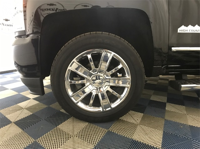 2018 Silverado 1500 Crew Cab 4x4,  Pickup #T181668 - photo 6