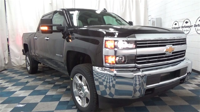2018 Silverado 2500 Crew Cab 4x4,  Pickup #T181685 - photo 1