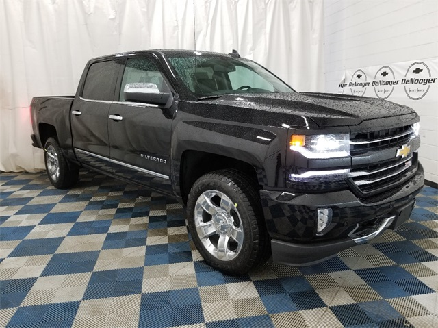 2018 Silverado 1500 Crew Cab 4x4,  Pickup #T181691 - photo 1