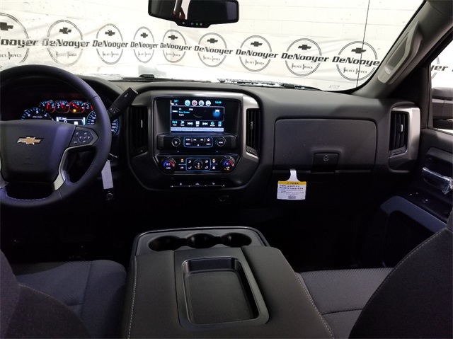 2018 Silverado 2500 Double Cab 4x4,  Pickup #T181746 - photo 17