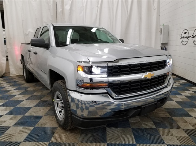 2018 Silverado 1500 Double Cab 4x4,  Pickup #T181836 - photo 1
