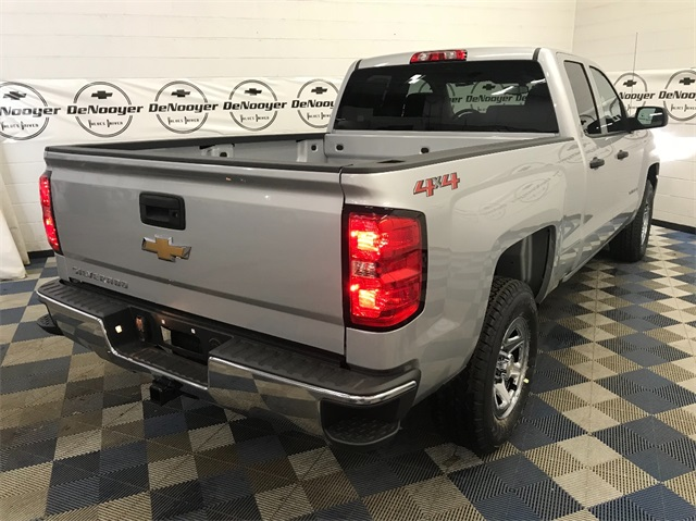 2018 Silverado 1500 Double Cab 4x4,  Pickup #T181909 - photo 4
