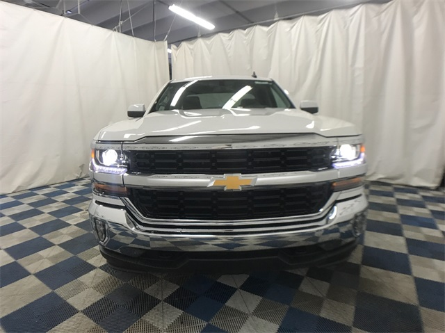 2018 Silverado 1500 Double Cab 4x4,  Pickup #T181912 - photo 3