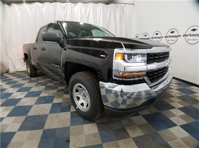 2018 Silverado 1500 Double Cab 4x4,  Pickup #T181973 - photo 1