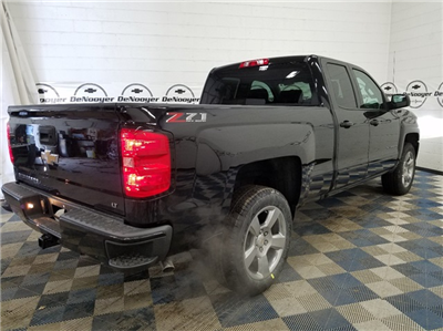 2018 Silverado 1500 Double Cab 4x4,  Pickup #T181975 - photo 2