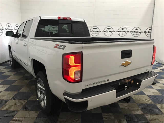 2018 Silverado 1500 Crew Cab 4x4,  Pickup #T182105 - photo 3