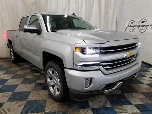 2018 Silverado 1500 Crew Cab 4x4,  Pickup #T182126 - photo 1