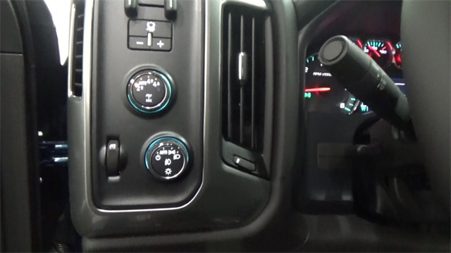 2018 Silverado 1500 Crew Cab 4x4,  Pickup #T182204 - photo 13