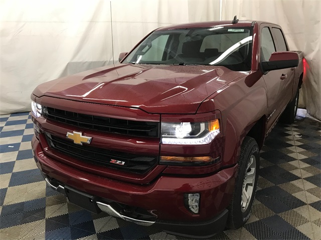 2018 Silverado 1500 Crew Cab 4x4,  Pickup #T182204 - photo 1