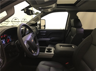 2019 Silverado 2500 Crew Cab 4x4,  Pickup #T190037 - photo 23