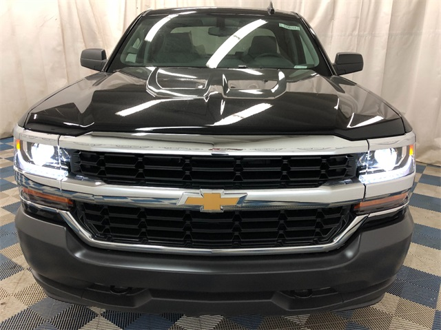 2019 Silverado 1500 Double Cab 4x4,  Pickup #T190224 - photo 3