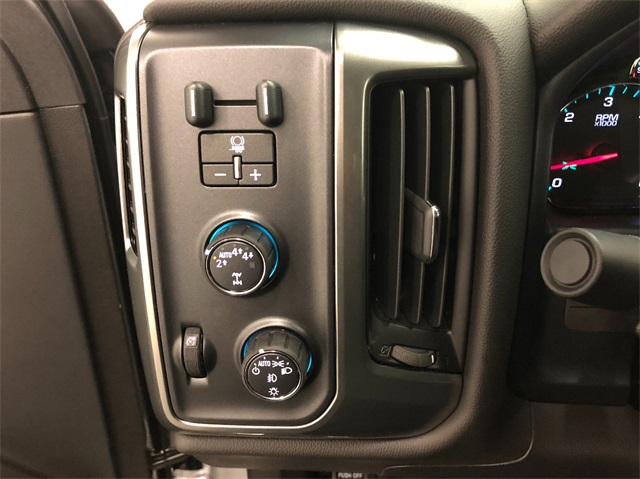 2019 Silverado 1500 Double Cab 4x4,  Pickup #T190244 - photo 14