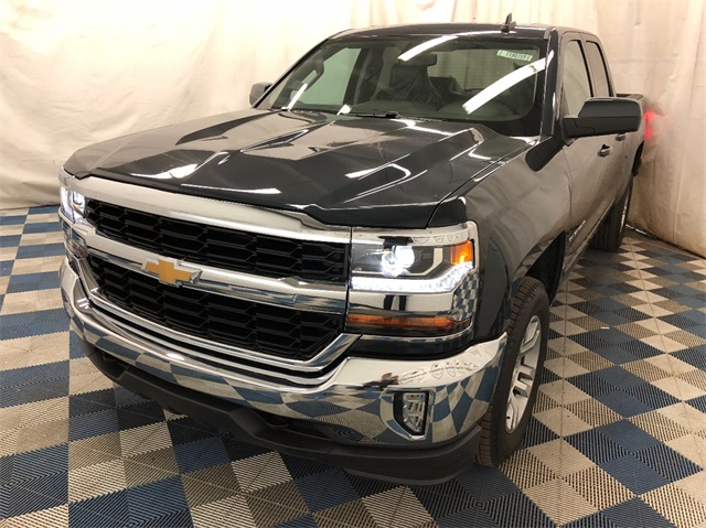 2019 Silverado 1500 Double Cab 4x4,  Pickup #T190244 - photo 3