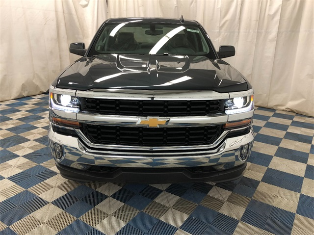2019 Silverado 1500 Double Cab 4x4,  Pickup #T190244 - photo 4