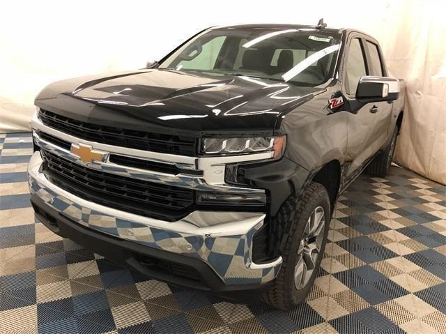 2019 Silverado 1500 Crew Cab 4x4,  Pickup #T190309 - photo 3