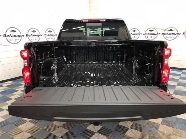 2019 Silverado 1500 Crew Cab 4x4,  Pickup #T190309 - photo 9