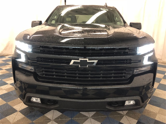 2019 Silverado 1500 Crew Cab 4x4,  Pickup #T190364 - photo 4