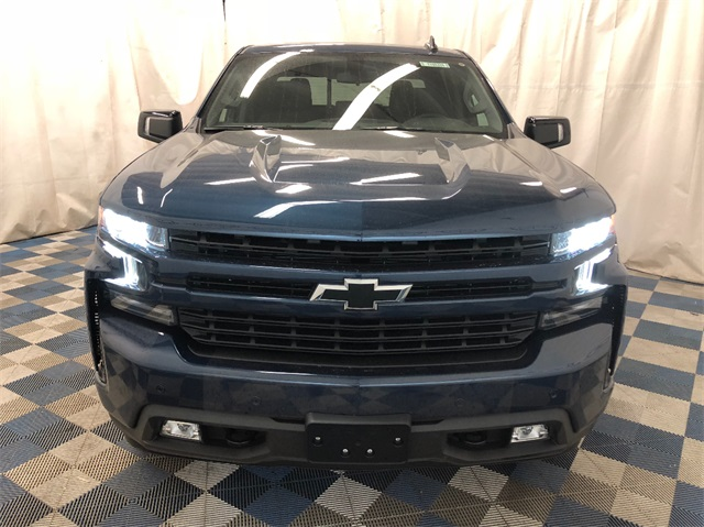 2019 Silverado 1500 Crew Cab 4x4,  Pickup #T190414 - photo 4