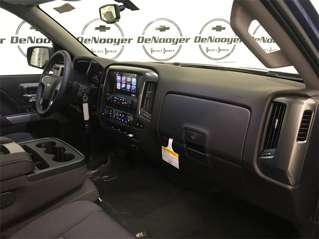 2019 Silverado 1500 Double Cab 4x4,  Pickup #T190439 - photo 26