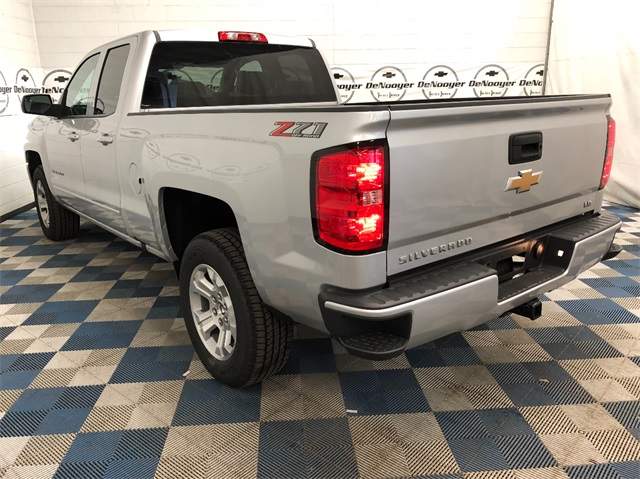 2019 Silverado 1500 Double Cab 4x4,  Pickup #T190439 - photo 7