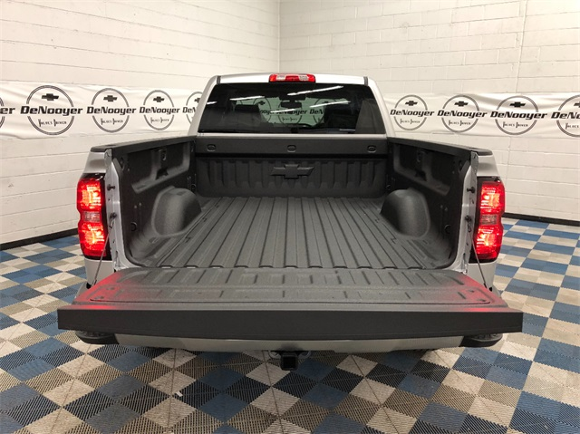 2019 Silverado 1500 Double Cab 4x4,  Pickup #T190439 - photo 8