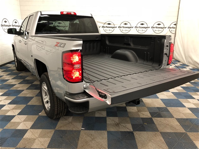 2019 Silverado 1500 Double Cab 4x4,  Pickup #T190439 - photo 10