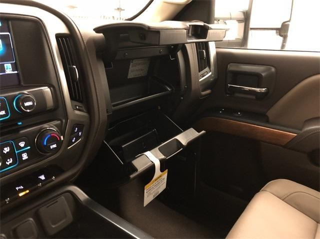 2019 Silverado 3500 Crew Cab 4x4,  Pickup #T190557 - photo 17
