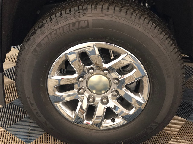 2019 Silverado 3500 Crew Cab 4x4,  Pickup #T190568 - photo 5