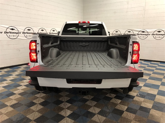 2019 Silverado 3500 Crew Cab 4x4,  Pickup #T190598 - photo 13