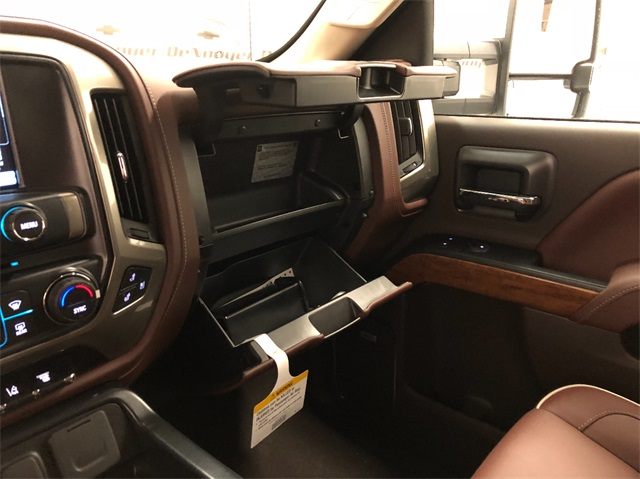 2019 Silverado 3500 Crew Cab 4x4,  Pickup #T190598 - photo 22
