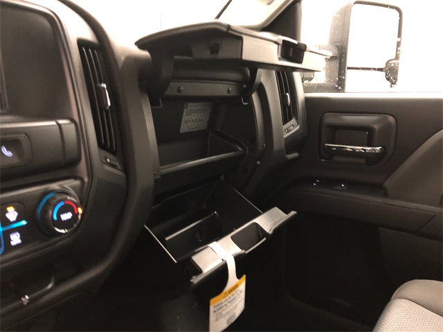 2019 Silverado 2500 Crew Cab 4x4,  Pickup #T190713 - photo 17