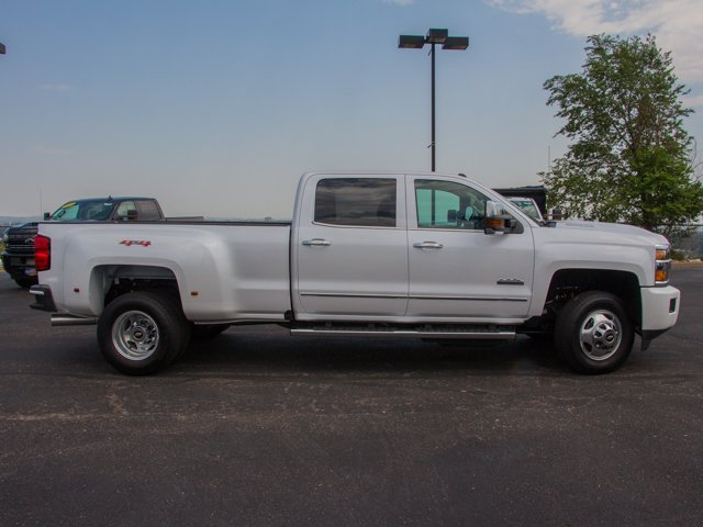 2019 Silverado 3500 Crew Cab 4x4,  Pickup #DT09463 - photo 3