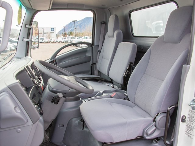 2016 LCF 3500 Regular Cab, Supreme Cutaway Van #V3927 - photo 9