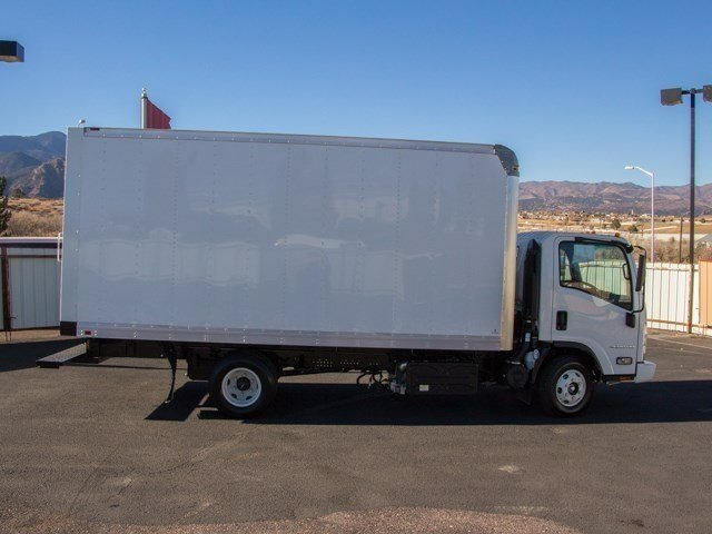 2017 LCF 4500HD Regular Cab, Supreme Dry Freight #W4084 - photo 3