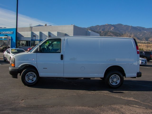 2017 Express 2500, Cargo Van #W4917 - photo 5