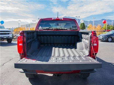 2018 Colorado Crew Cab 4x4, Pickup #X5068 - photo 5