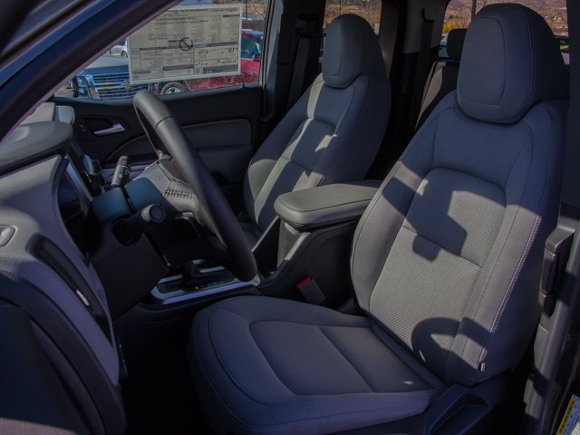 2018 Colorado Extended Cab 4x4, Pickup #X5152 - photo 12