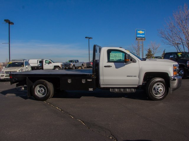2018 Silverado 3500 Regular Cab DRW 4x4, Knapheide PGNB Gooseneck Platform Body #X5305 - photo 2