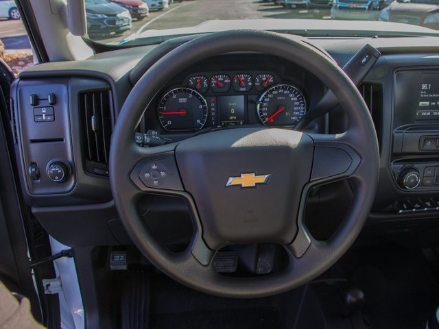 2018 Silverado 3500 Regular Cab DRW 4x4, Knapheide PGNB Gooseneck Platform Body #X5305 - photo 11