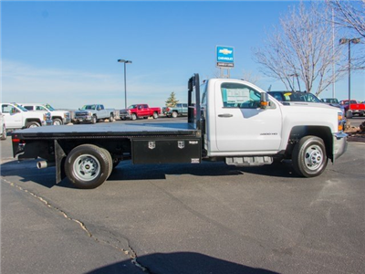 2018 Silverado 3500 Regular Cab DRW 4x4 Platform Body #X5307 - photo 2